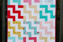Quilts/Pattern / by AmyRose Acker-Riedel