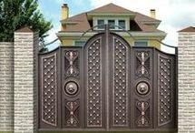 Vrata, mříže