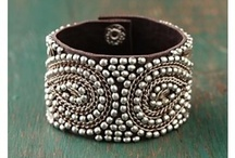 I love jewelry, purses, and all things bling!! / by Jennifer Randolph