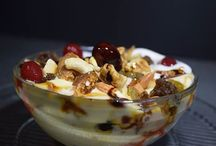 Healthy Snacks / Selections Of Healthy and Nutritious Snacks That You Don't Want To Miss
