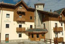 Hotel 2000 / Arredi in alta montagna con l'hotel 2000 di Trepalle! www.blog.concretasrl.com/hotel-2000-trepalle-passo-dal-cielo/