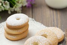biscotti, muffin, pasticcini