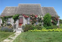Cozy Cottages / Cozy, romantic cottages on Cape Cod, Martha's Vineyard and Nantucket.