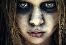 Cool halloween makeupjsjs