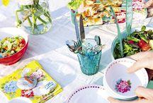AllesVoor | Tafelen / Alles voor een gezellig dinertje, brunch of ontbijt buiten in de tuin met familie en vrienden!