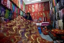 Ciudad Tóxica / Conoce la vida dentro de las fábricas textiles de China. Es tiempo de #Detox www.greenpeace.org/argentina  Fotos por: © Qiu Bo / Greenpeace / by Greenpeace Argentina