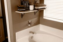Clever shelving in bathrooms
