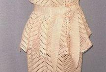 Svatební háčkované šaty