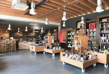 Notre Boutique d'usine / Tout l'univers du café, thé, gourmandises dans 200m2, juste à côté de Montpellier.