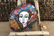 Portrait-painted rocks