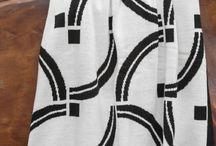 Linha Athos Bulcão / Athos Bulcão foi o grande mestre da intervenção artística na arquitetura brasileira na era Niemayer com seus famosos azulejos. Trouxemos algumas de suas obras para a linha da Decortrico.