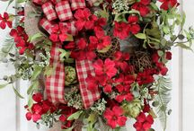 Wreaths / by Cheryl Bunt