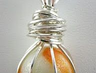 wire wrapping stone