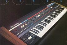 1982: JUNO-6