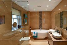 Bathroom / by Simone Lenssing
