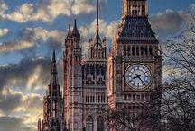 Věžní hodiny a orloje