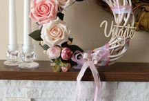 Wreaths. Arangements. Home decor.