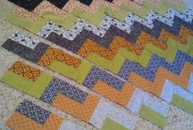 EASY QUILTS - ZIGZAG / by Pamelita Carmasweeta