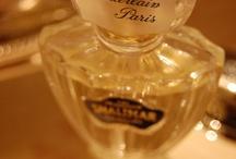 Perfumed & the Bottle of Decoration / Beautiful & Art