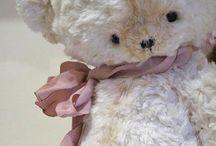 ***** TEDDY  BEARS *****