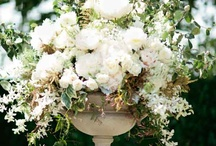 Garden Urn Arrangement Ideas / Love the loose garden inspired arrangements in garden urns.