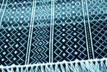 Weaving threads