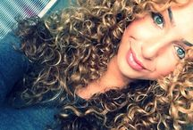 Curly hair  / Pictures of naturally curly hair♡