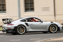 Mark Webber y el Porsche 911 GT2 RS en Australia / El embajador Porsche, Mark Webber, presenta el 911 GT2 RS en su debut en Australia.