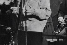 Cliff Richard...Bachelor Boy
