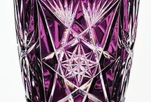Фиолетовое стекло