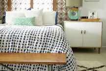 Bedrooms with Quilts, Color, and Texture / Finding bedrooms decorated with many textures, colors, patterns, and quilts.