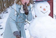 Let it snow / We love snow. Sníh je naše radost.