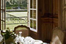 diningroom decor cup&silver…