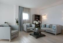 Suites & Rooms / Suite e camere moderne con vista panoramica www.grandhotelalassio.it