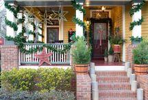 Fun & Entertaining Christmas Decor / Fun, inspiring ideas to incorporate into your holiday décor.