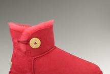 Ugg Boots WOMENS MINI BAILEY BUTTON CRIMSON