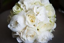Wedding Flowers / Stunning bouquets of all colours