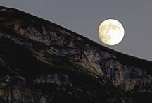 Dinky's dad's moon / by Diane Martin