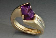 Acessories and jewelry / by Pauline Mckenzie