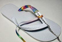 sandálias com fita