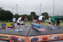 Colours4kids -WIPE OUT- SWEEPER / Een geweldige super gave attractie. Te huur bij www.colours4kidswoerden.com