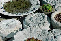 Cementové dekorácie