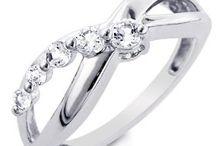 Rings / by Jannette Diamond