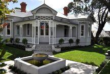 Villas / Pretty villas