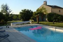 Chez Cartaud holiday cottage / Chez Cartaud is a 2 bedroomed gite sleeping 4 with swimming pool and large garden available for rental throughout July and August.