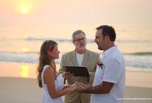 Beach Weddings / Inspiration for beach weddings. Photos by Hazelwood Photography.  http://cHazelwoodphotography.com