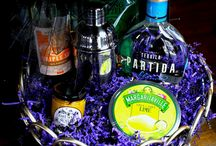 Gift products / From gift baskets to glassware, we have it all!
