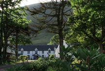 Hartfield House Hostel / Located in Applecross, Hartfield House was originally the old hunting lodge on the Applecross estate.  The hostel sleeps up to 50 people and with self-catering facilities, secure bike storage and free wi-fi it is the ideal base for people wanting to explore Applecross and the surrounding area.