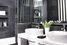 Bathroom design ideas / Be inspired in the design of your bathroom from our collection of images. We have included ideas on tiles, mirrors, colour and decoration for bathrooms both small and big.