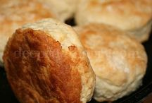 Yummy - Breads, Biscuits & Doughs / by Find That Warm Fuzzy Feeling